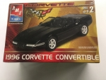 AMT - AMT31831CL - Clearance - Old Corvette 1/25 Model - 1996 Chevrolet Corvette Convertible(model)