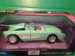Sunnyside - SS7708WCL - Clearance - 1/24 Scale Metal Die-Cast 1957 Corvette - Green (Die-Cast)